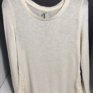 ❄️Knit Cream Sweater With Lace detail